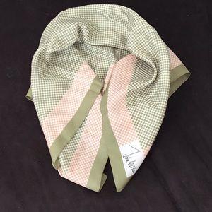 Vintage scarf / head wrap signed John Weitz